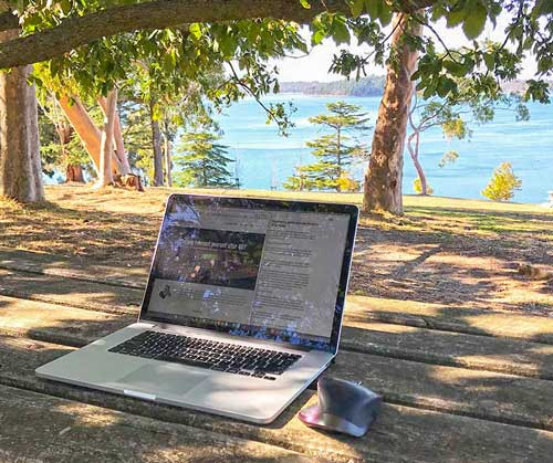Don't quit your job. Change location.   The Park Bench Office   OfficeAnywhere